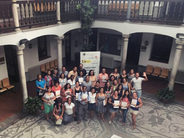 group with certificates